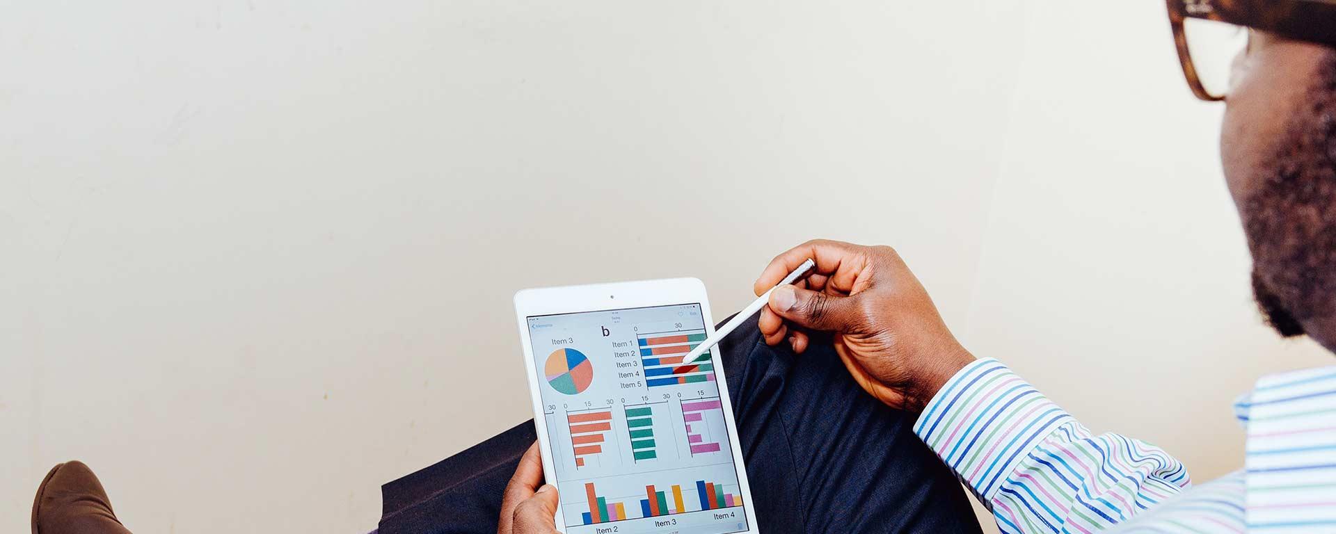 Para acelerar el crecimiento de su empresa haga cambios en la forma de tomar decisiones. Gane en agilidad, reaccion y certeza pare decidir en entornos competitivos